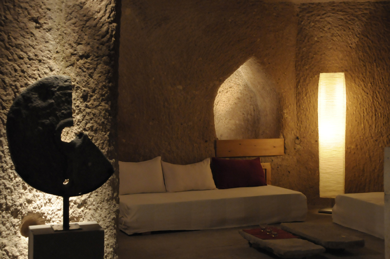 Photo: Livingroom of Cave Suite Kaya Odalar ASMALI CAVE HOUSE Boutique and Cave Hotel in Cappadocia, the insider tip for your individual holidays in Turkey