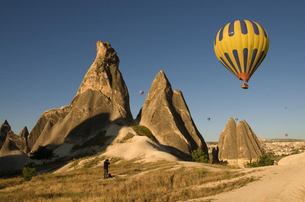 Foto: Ballooning in Kappadokien / Photo by Evelyn Kopp - Höhlenhotel ASMALI CAVE HOUSE in Kappadokien, Türkei