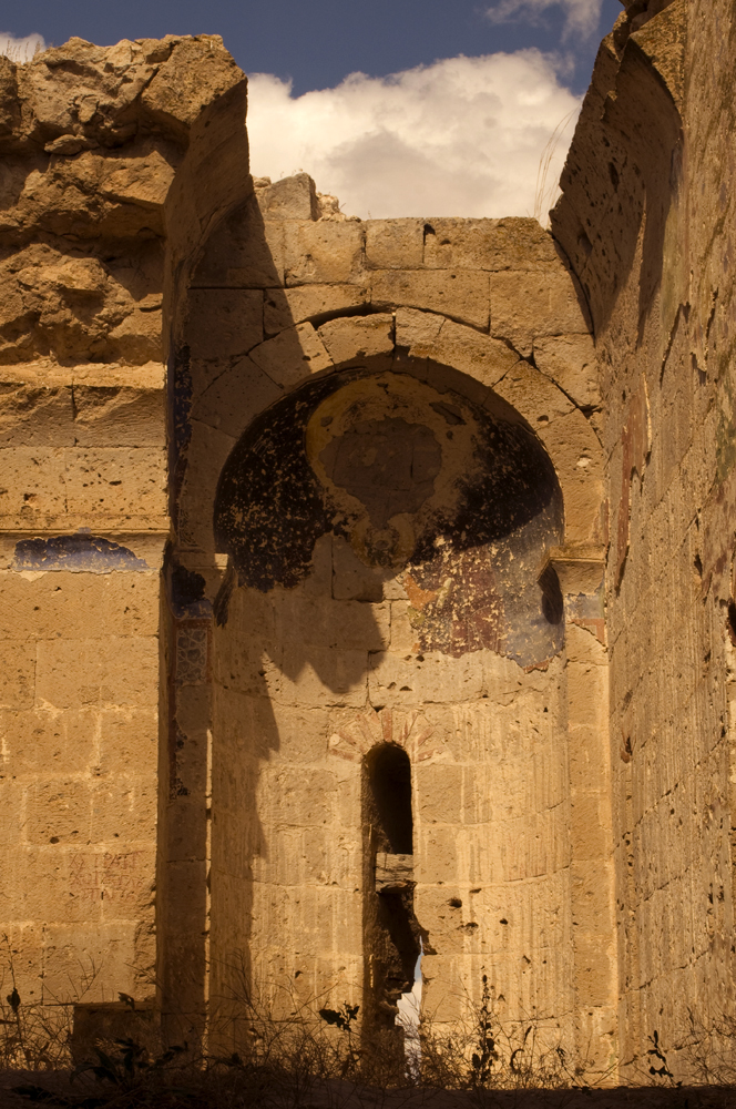Foto: Canli Kilise nahe Selime | von Evelyn Kopp | Höhlenhotel Kappadokien | ASMALI CAVE HOUSE Türkei