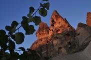 Foto: Das Dorf Uchisar - Derebag Mahalle - in Kappadokien, Zentral-Anatolien Türkei