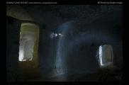 Foto: Licht und Dunkel | Underground | © Evelyn Kopp | ASMALI CAVE HOUSE | Höhlenhotel in Kappadokien, Türkei